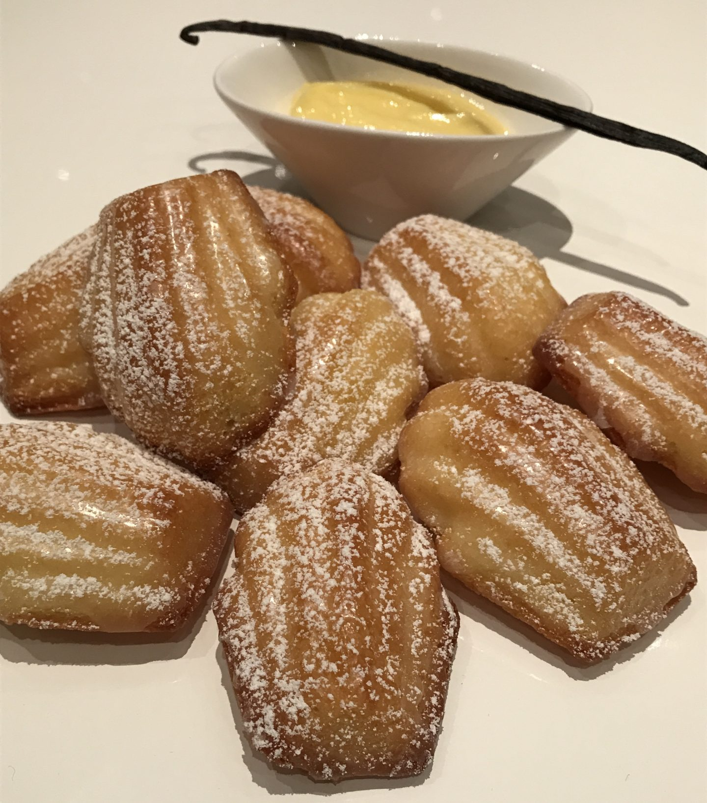 Ed ancora…Delicious madeleine with lemon curd!
